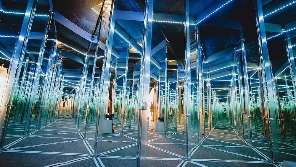 метафизика зеркал